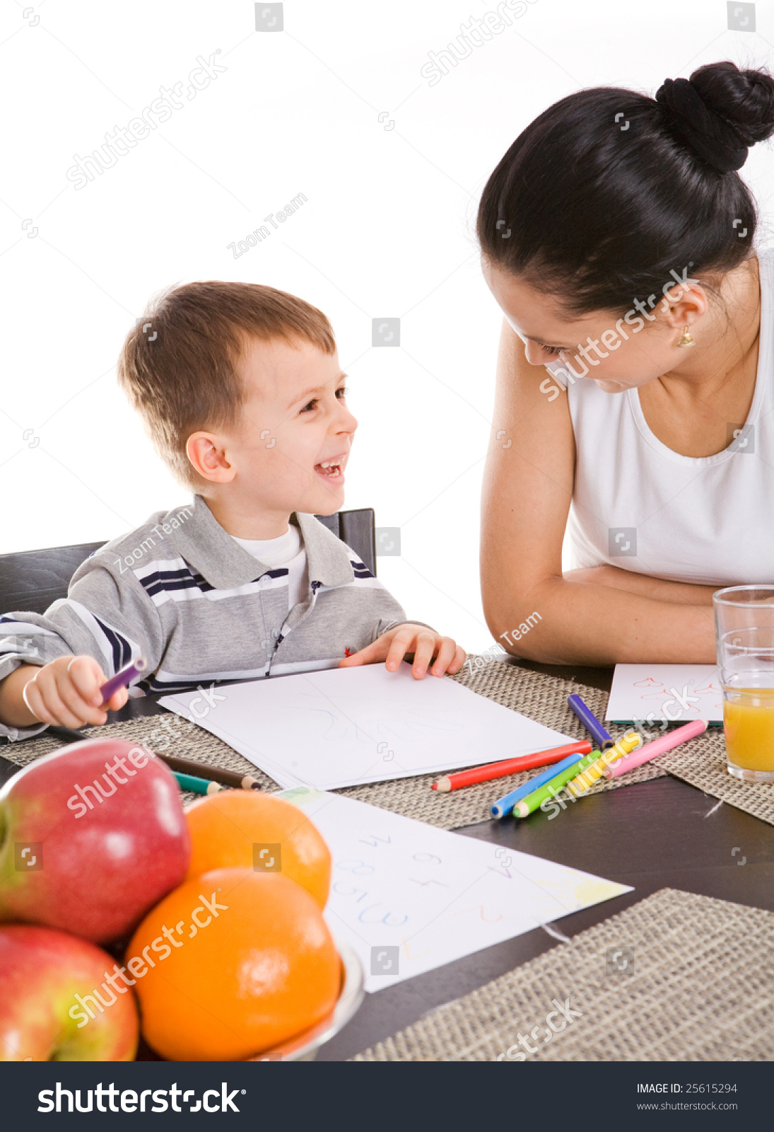 mother and child essay Manhattan -- it's little wonder that a child gravitates toward the mother, says chuck smith, a kansas state university child development expert after all, mothers.