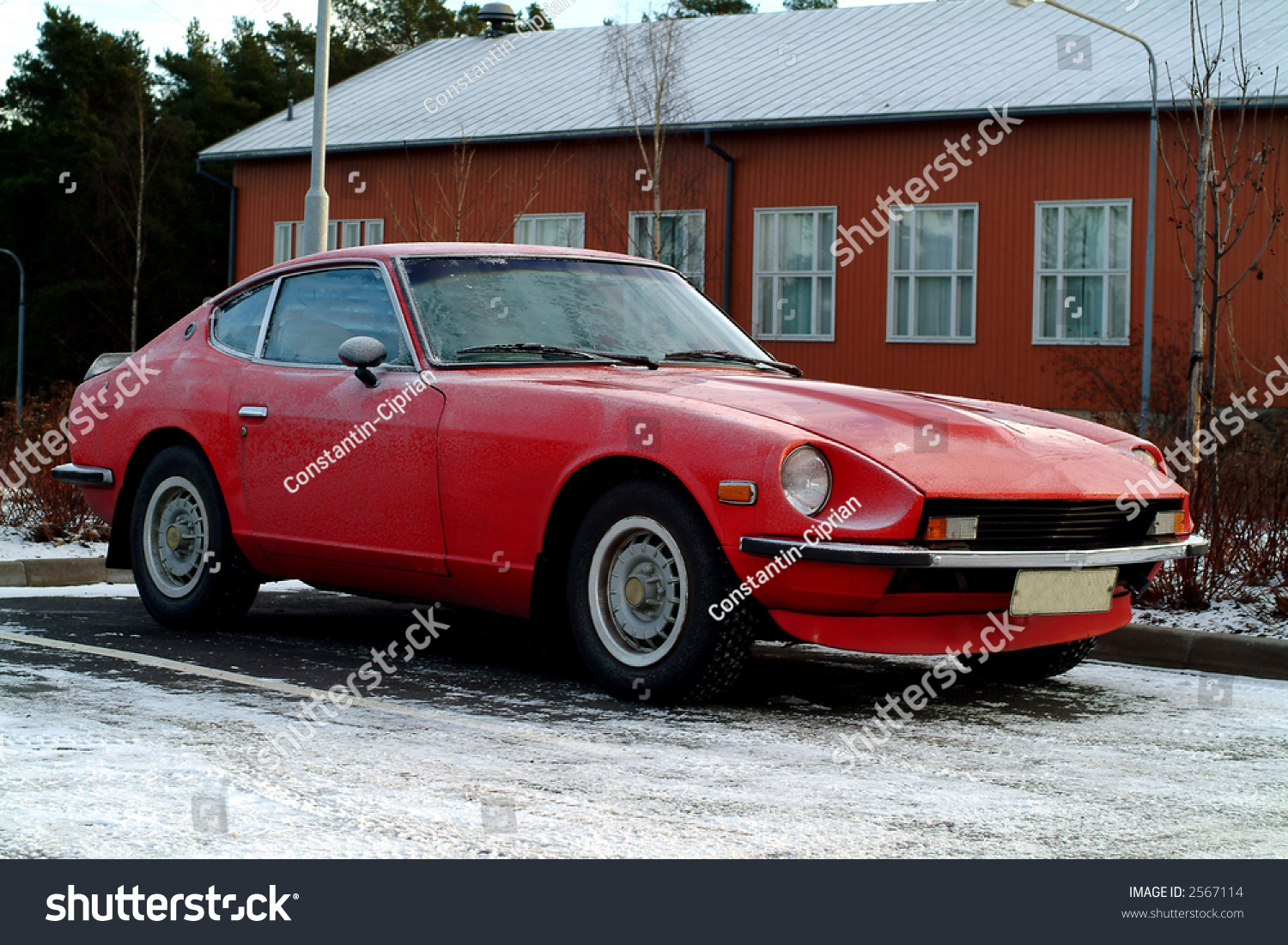 red car datsun in winter side view stock photo 2567114. Black Bedroom Furniture Sets. Home Design Ideas