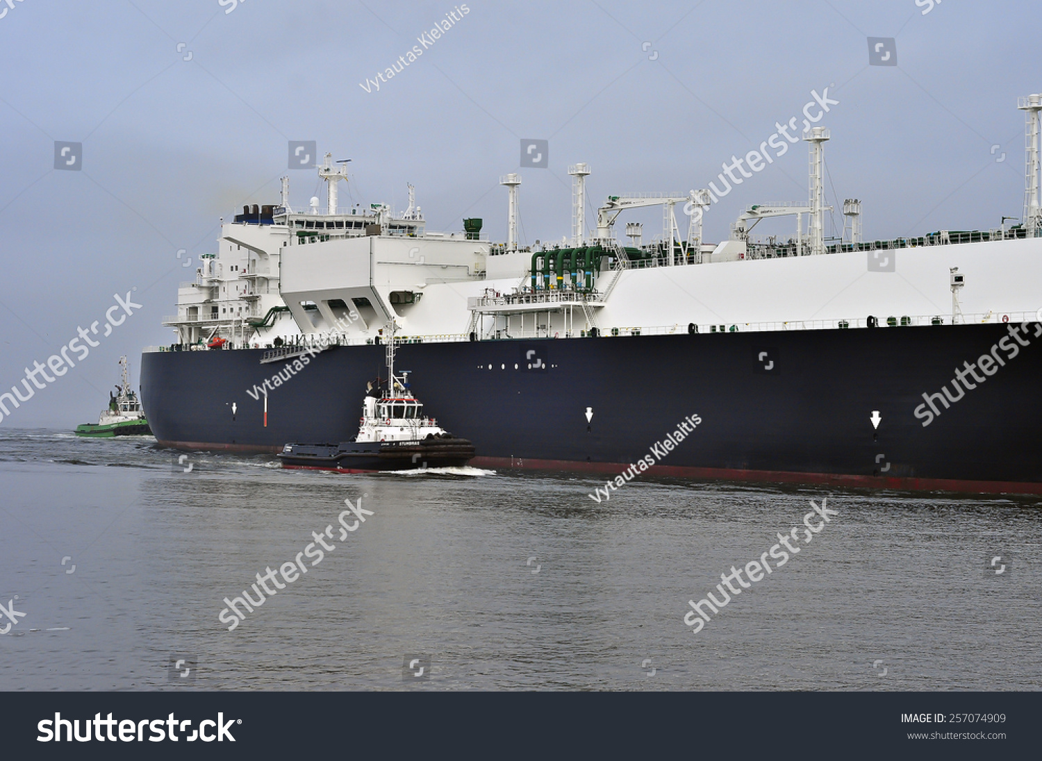 3fc122eeec8 LITHUANIA- FEB 28 GOLAR SEAL LNG Tanker in the Baltic sea in very cloudy