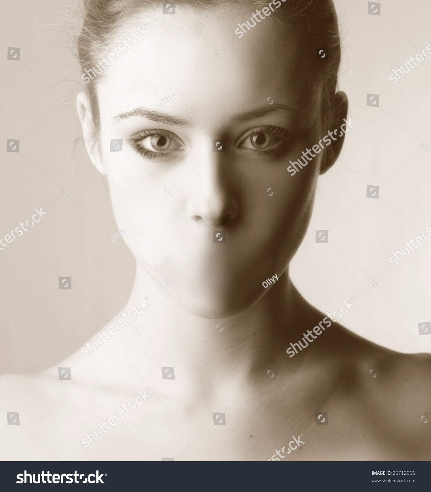 Portrait Beautiful Girl No Mouth Stock Photo 25712956 ...