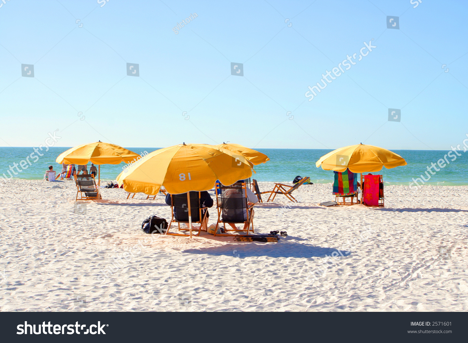 relaxing on the beach Enjoy 23 miles of beautiful florida beaches, including deerfield, hillsboro, pompano, lauderdale-by-the-sea, fort lauderdale, dania, hollywood and hallandale.