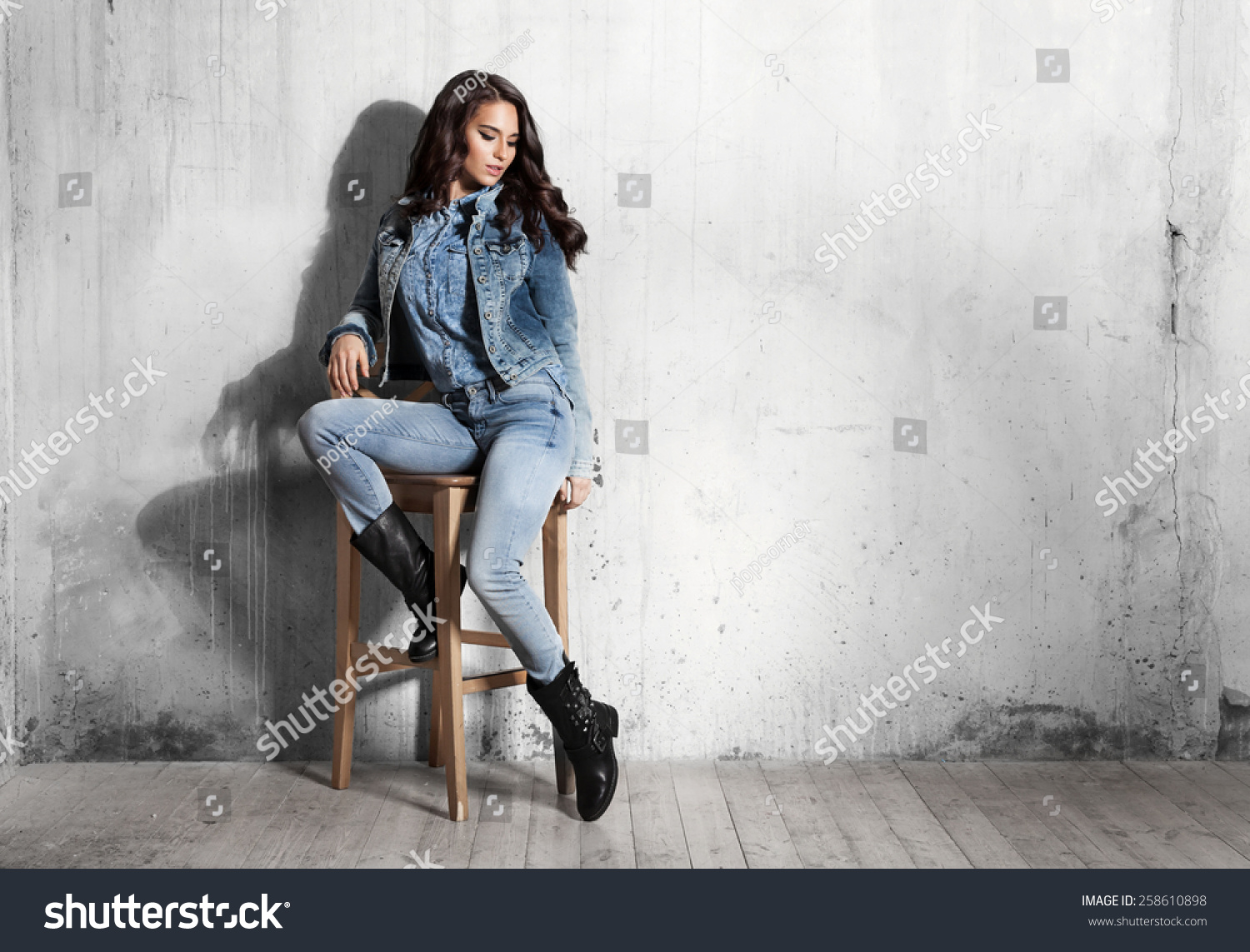 Let Me Sit Jeanssitting