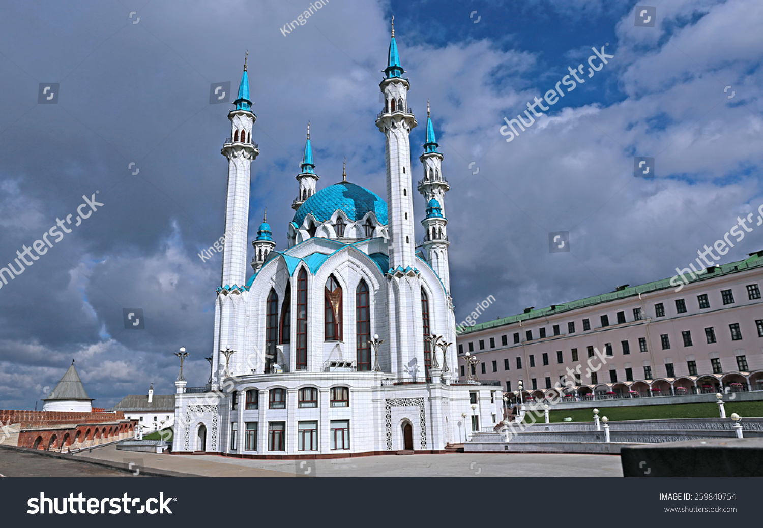 kul sharif mosque in kazan kremlin. russia. | ez canvas