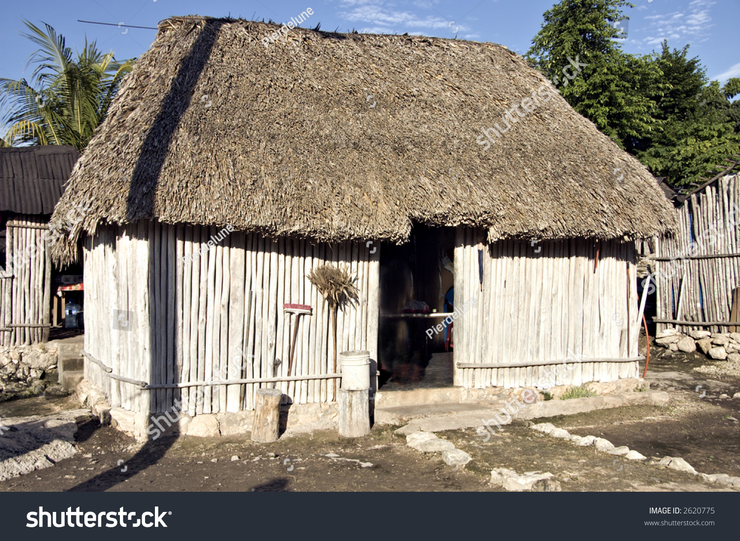 Typical Mayan House Roof Made Palm Stock Photo 2620775