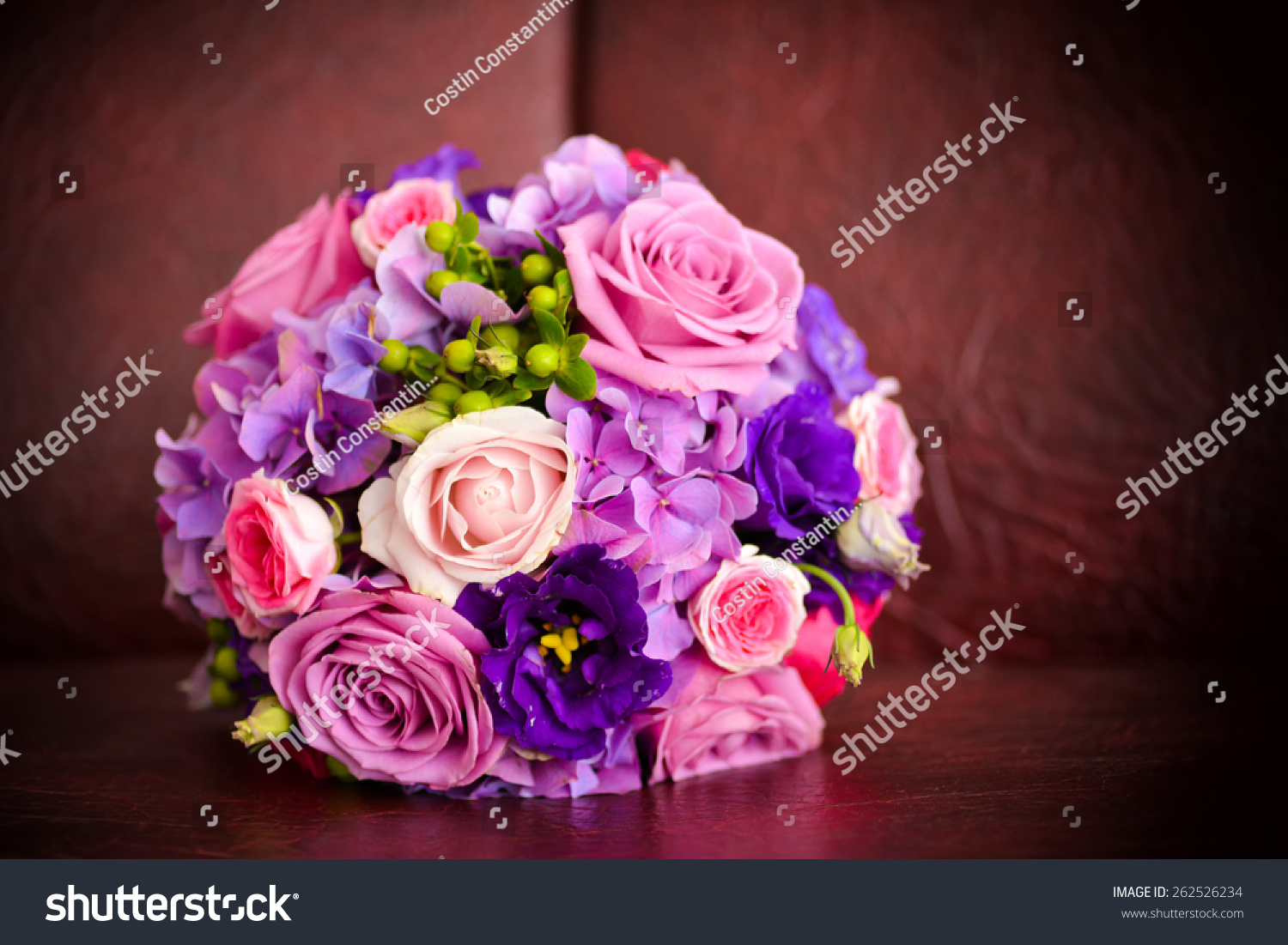 Wedding bouquet with pink roses | EZ Canvas