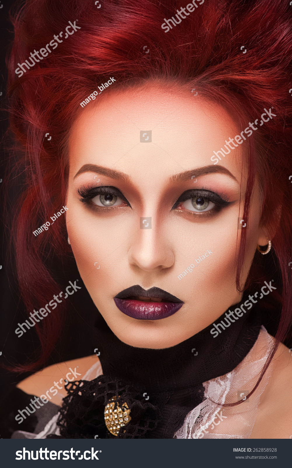 Watch - Makeup red Gothic video