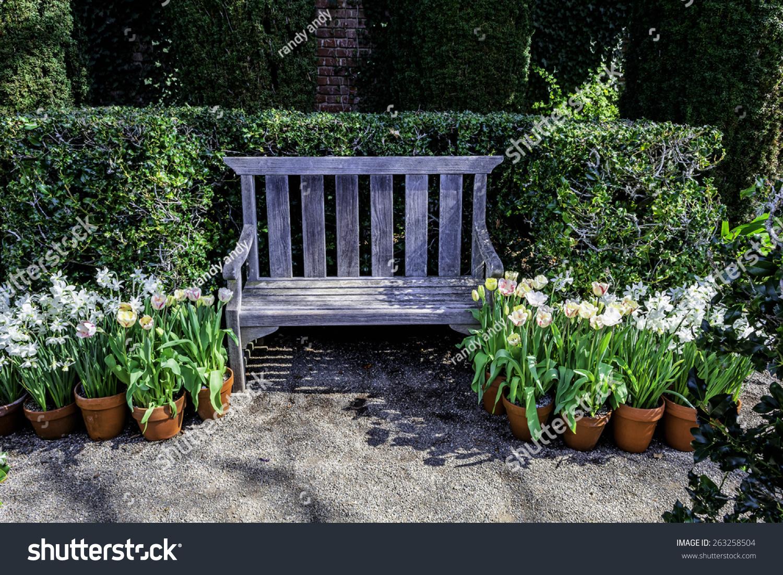 English Garden Style Park Bench