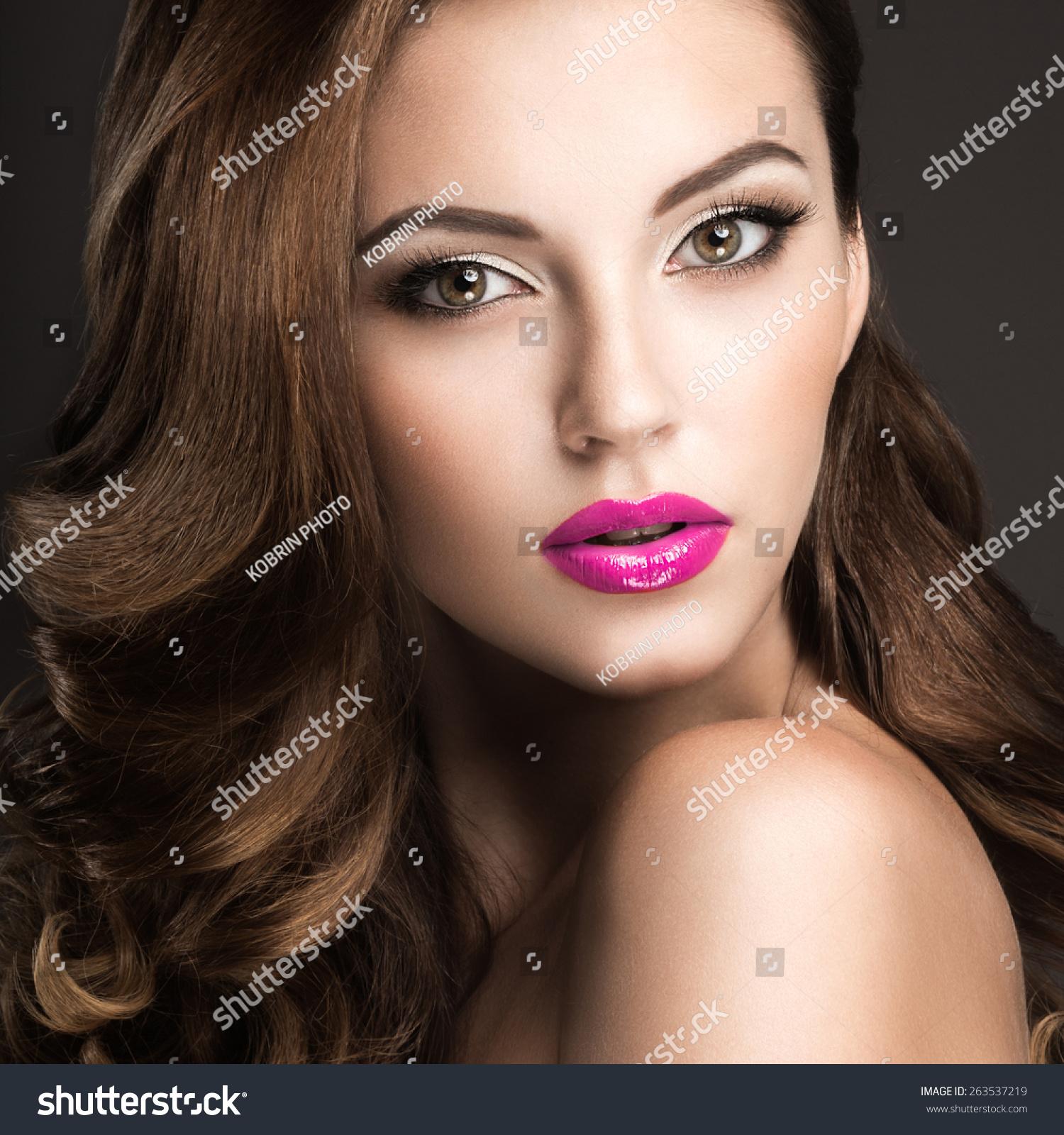 Soft Lips Inc. Love Me