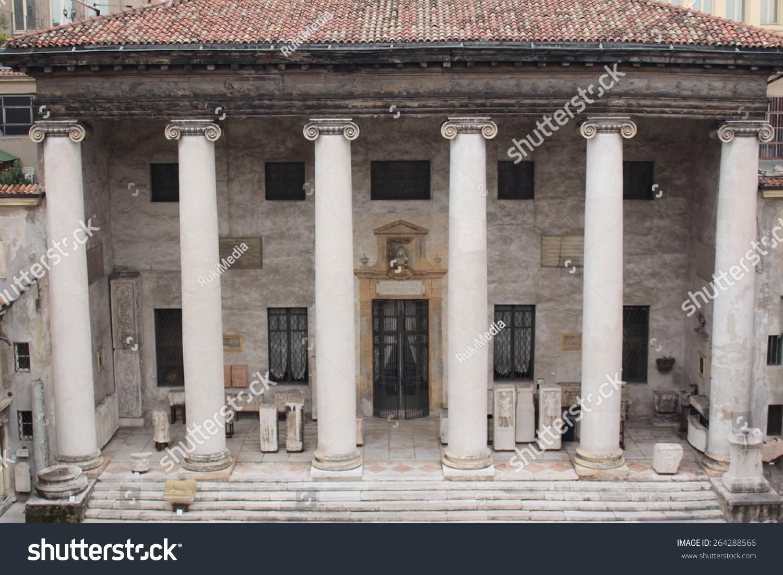 Temples of Verona. Part I 99
