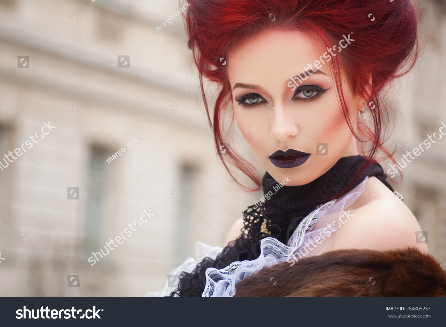 Makeup red Gothic recommend to wear for everyday in 2019