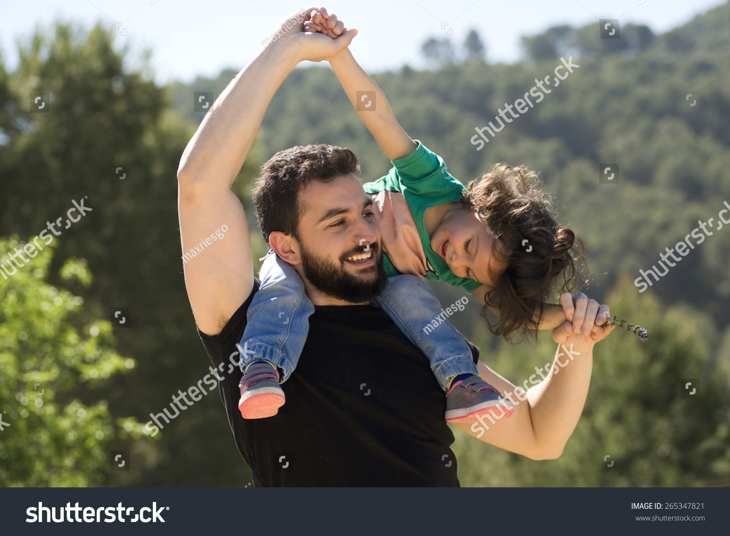 dating a woman with a crazy baby daddy The woman is dating a man who is usually older and richer and has more power you might both get what you want but if you're looking for an equal relationship, you're looking in the wrong place.
