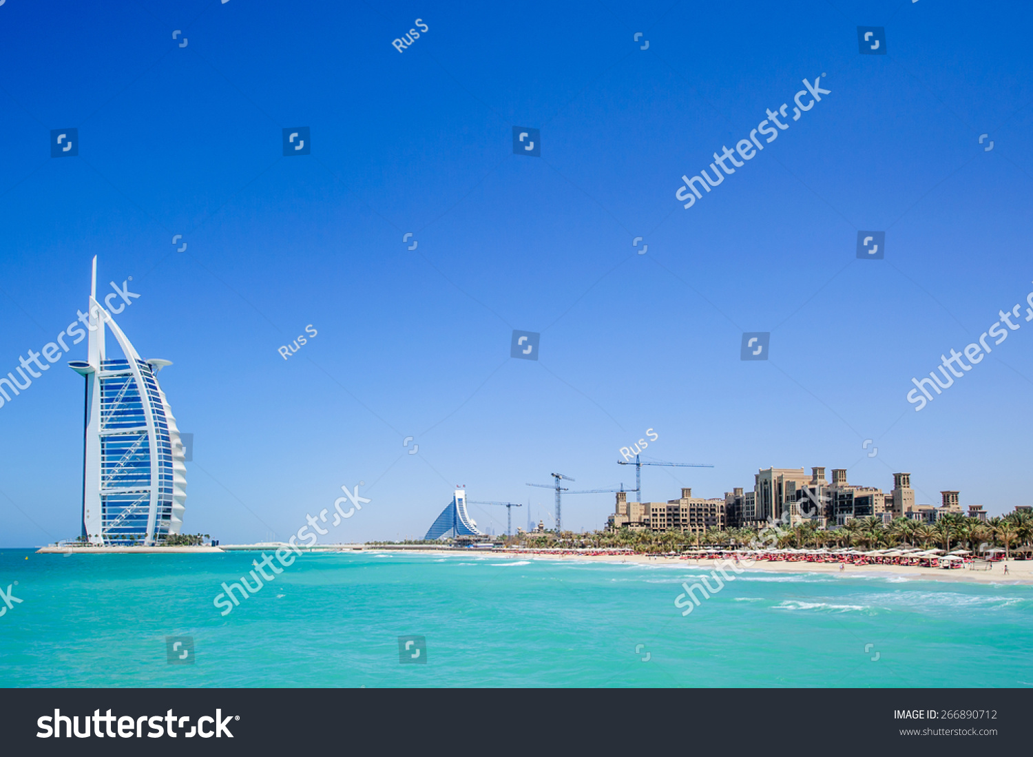 Dubai uae april 05 grand sail stock photo 266890712 for The sail hotel dubai