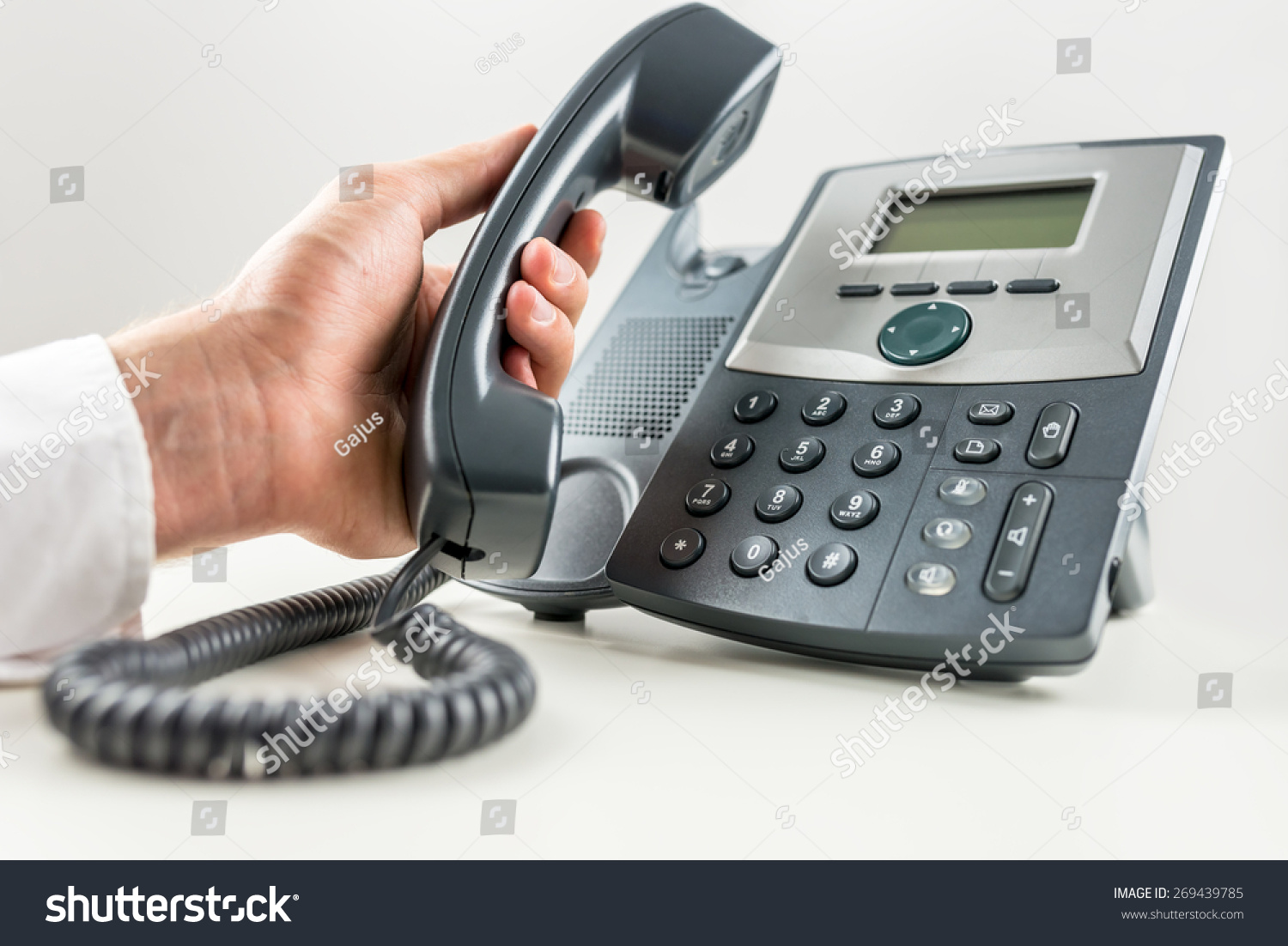 how to make a phone call to germany