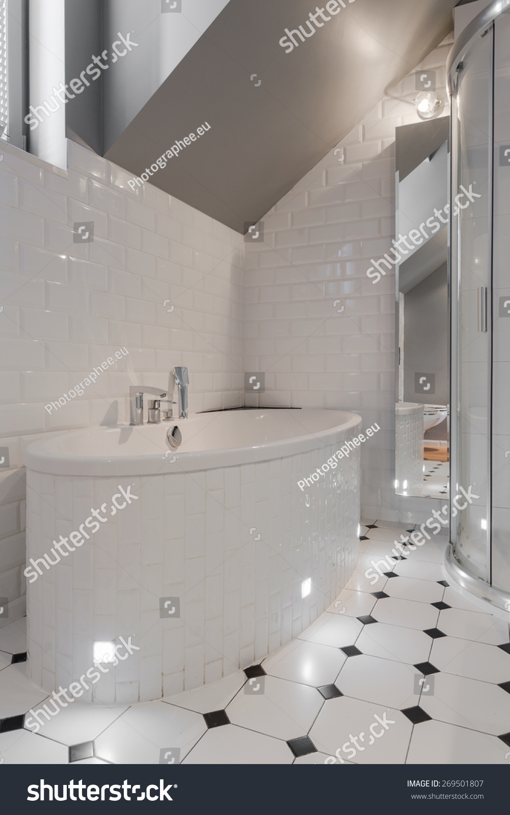 Closeup Porcelain Bathtub White Washroom Stock Photo (Royalty Free ...