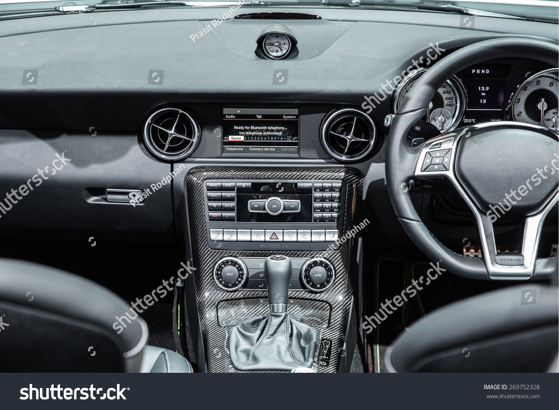 Interior Modern Automobile Showing Dashboard Stock Photo 269752328 ...