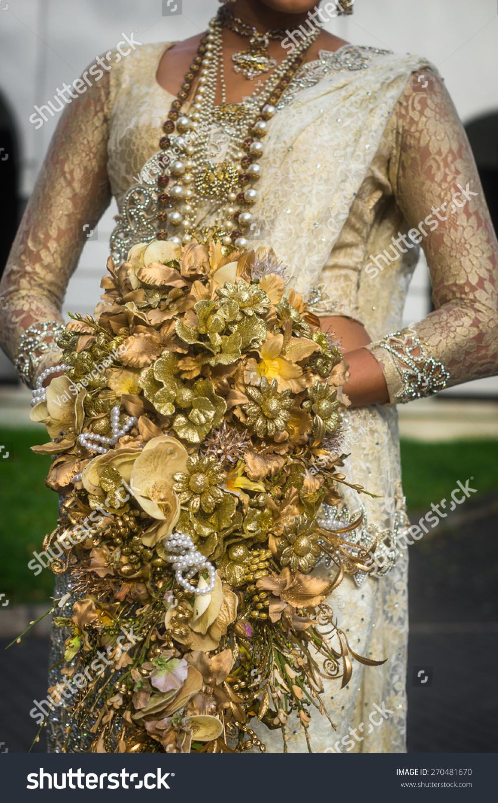 Sri lankan bride wedding bouquet stock photo edit now 270481670 sri lankan bride with a wedding bouquet izmirmasajfo