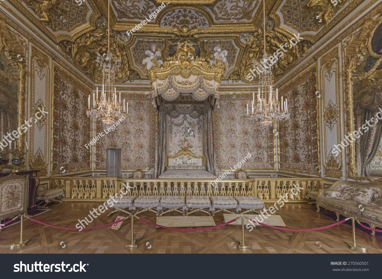 Versailles france april 18 2015 the queen 39 s for Chambre de la reine