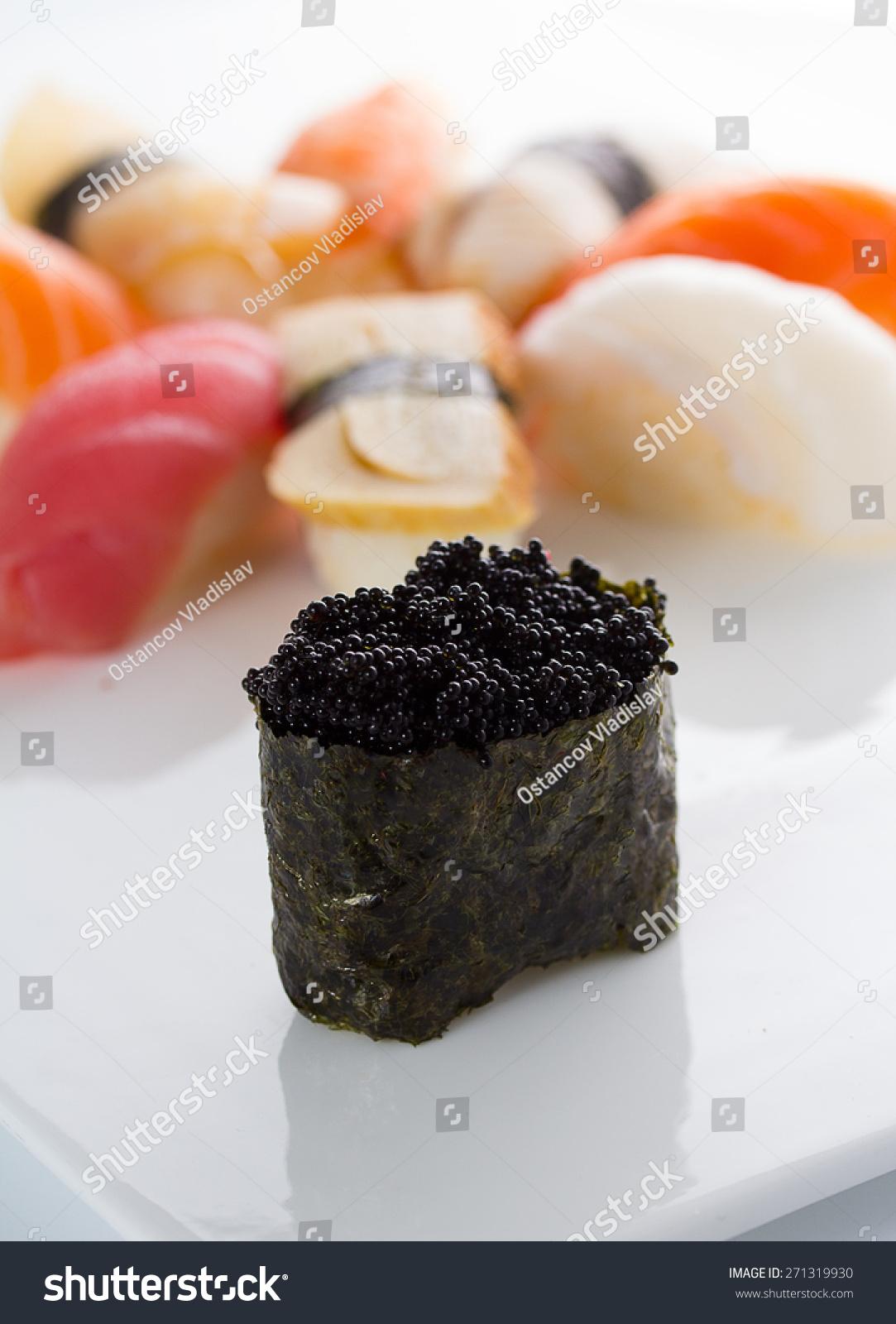 Tobiko Nigiri Sushi Gunkan Black Tob...
