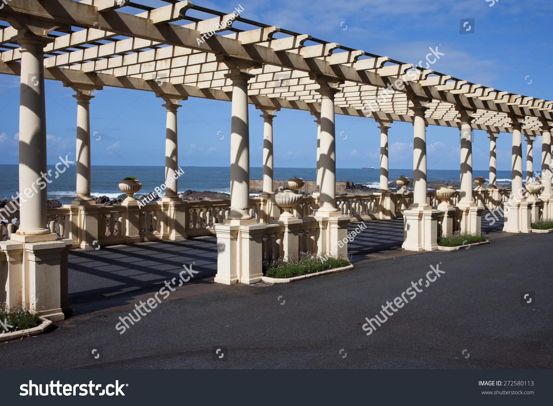 pergola da foz in porto promenade along the atlantic ocean coast in portugal stock photo. Black Bedroom Furniture Sets. Home Design Ideas