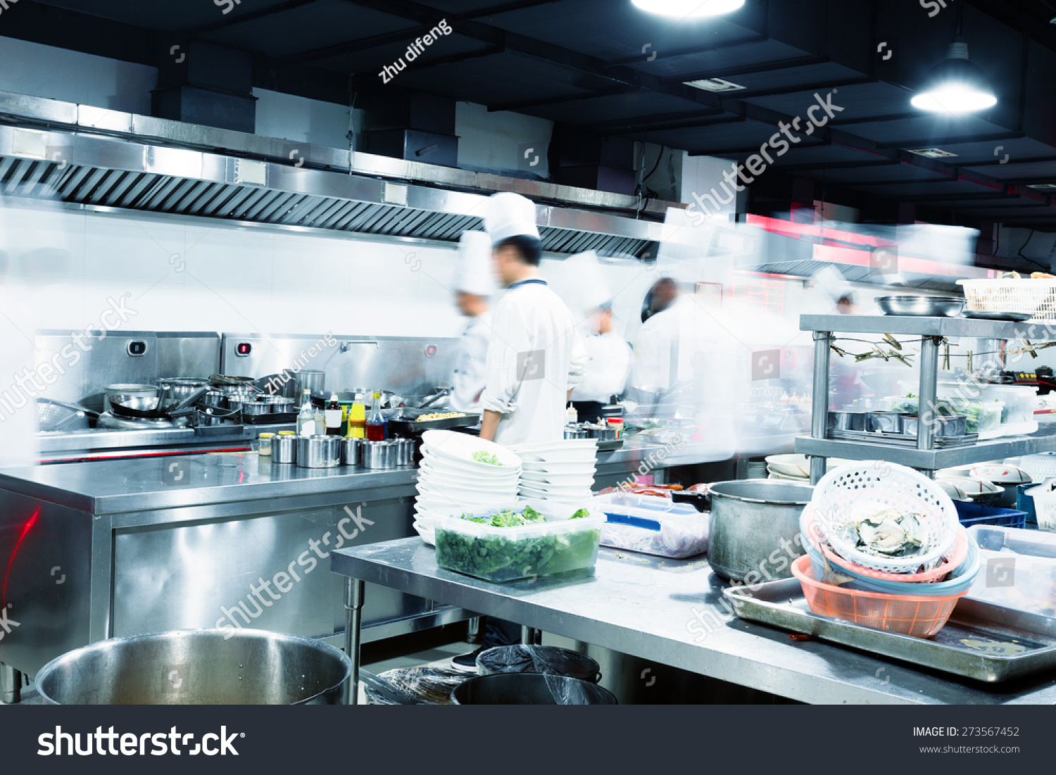 Modern Kitchen Busy Chefs Hotel Stock Photo (Royalty Free) 273567452 ...