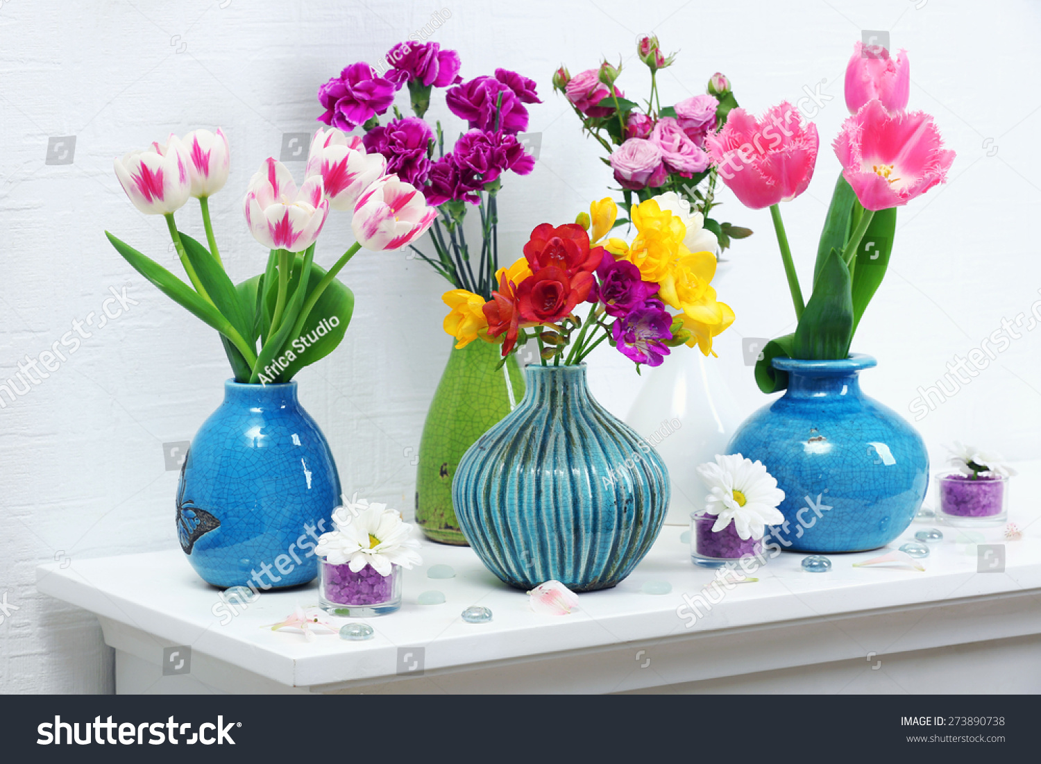 vases flowers in photo vase beautiful