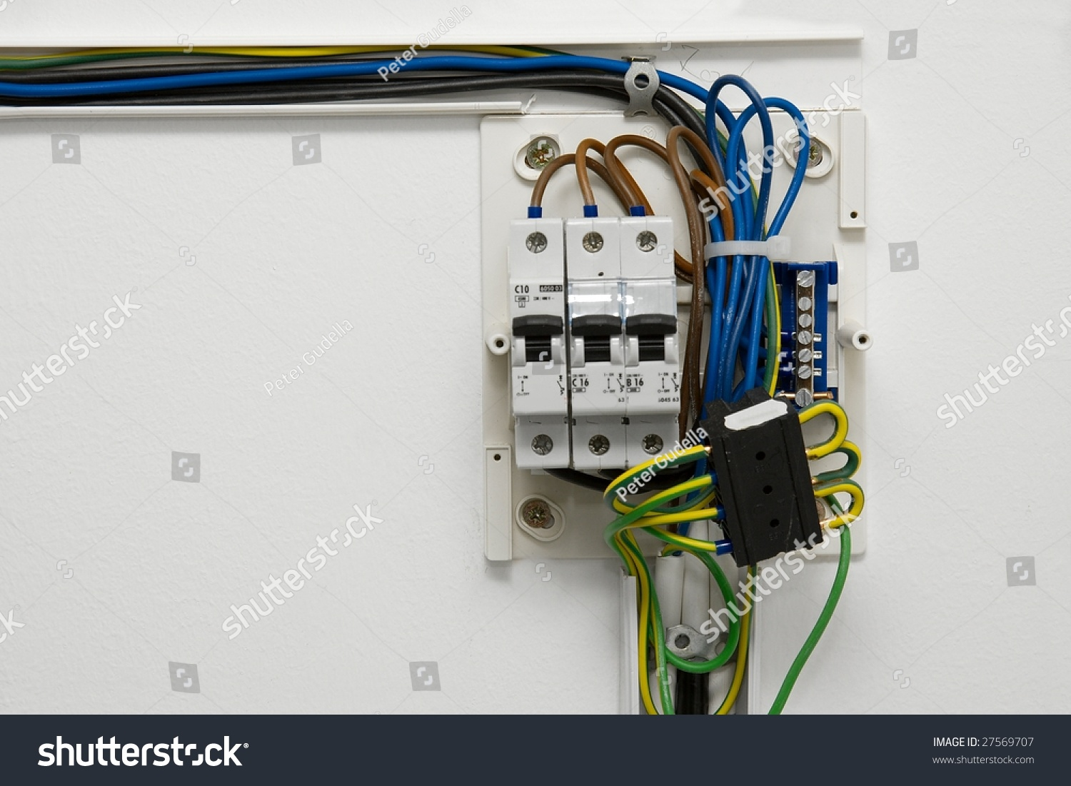 Electric Wiring Fusebox House Stock Photo (Edit Now) 27569707 ...