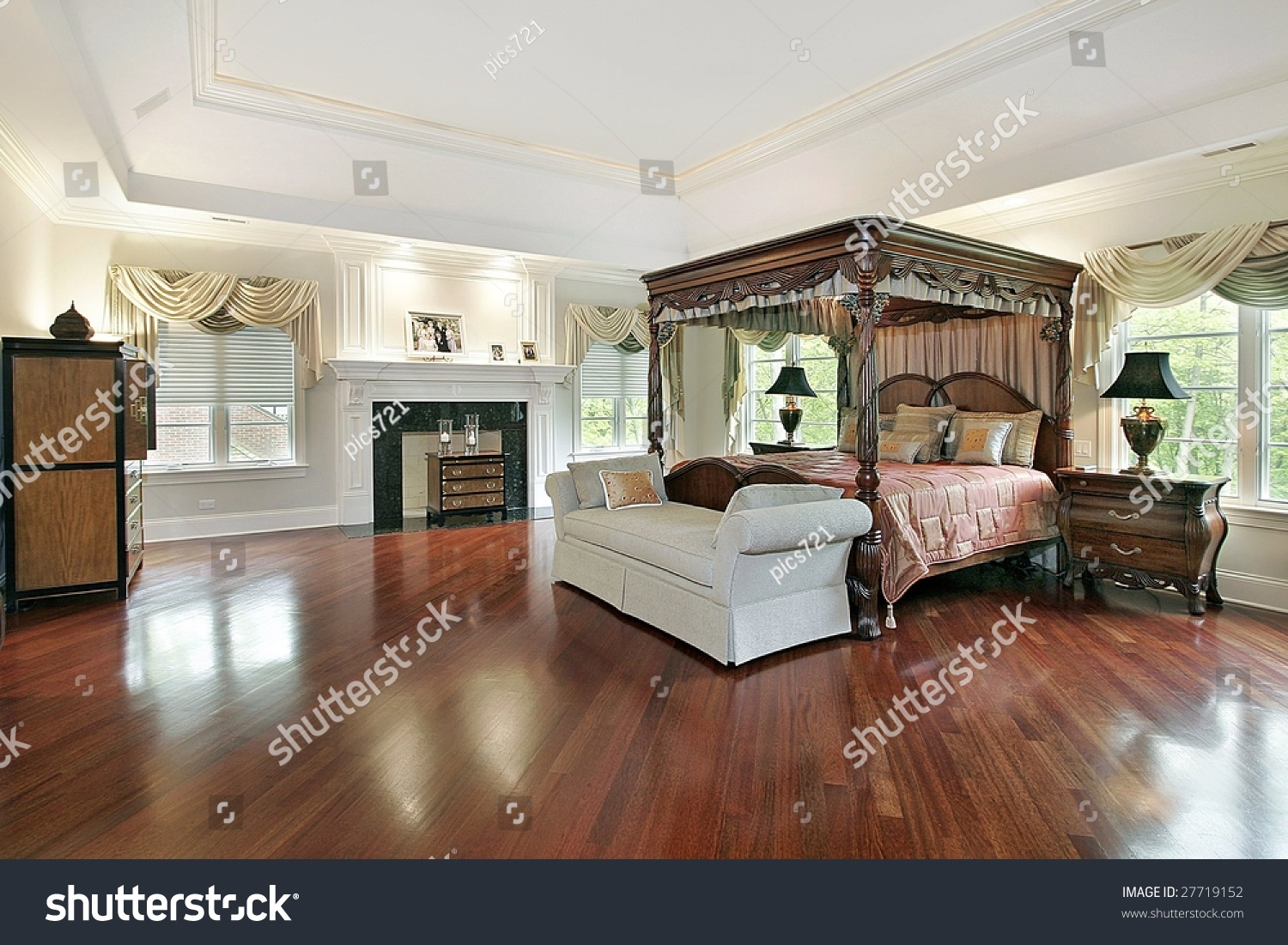 Small Televisions For Bedrooms Large Master Bedroom 1000 Images About Master Bedroom Designs On