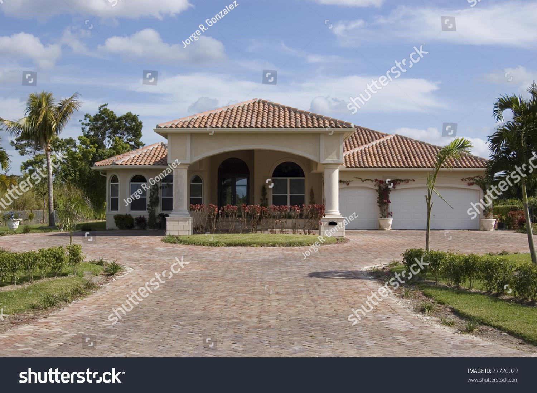 100 Mediterranean Style Home Beach Style Living