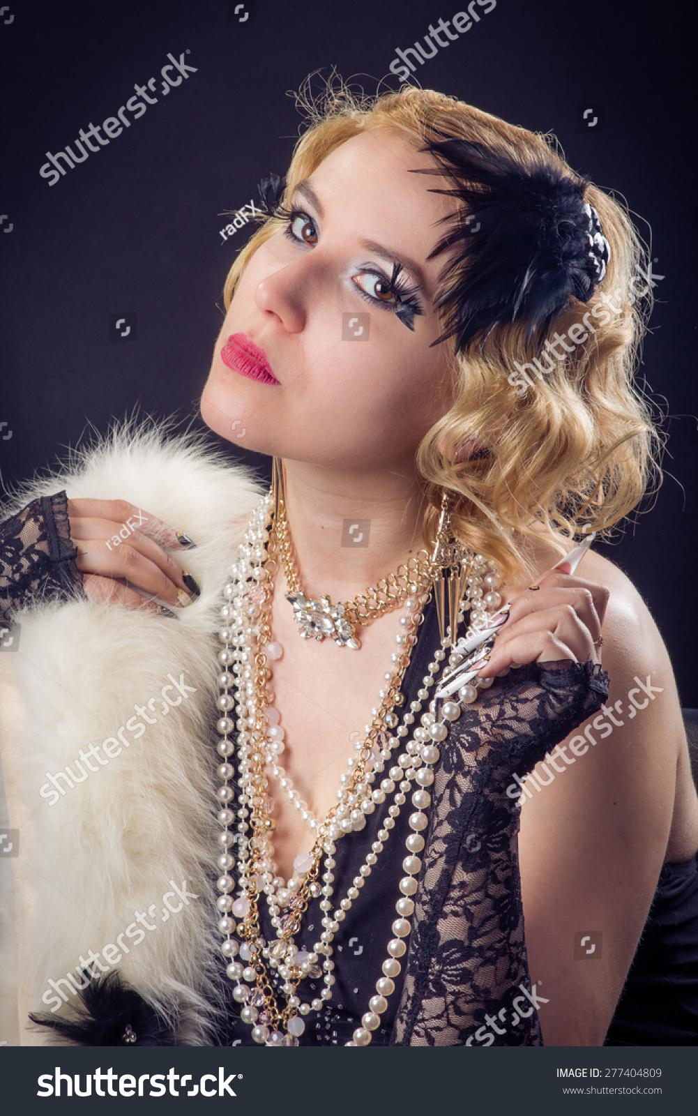 Retro Portrait Beautiful Blonde Woman Jewels Stock Photo 277404809 ...