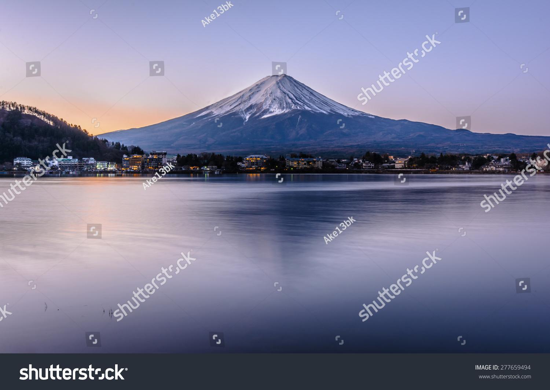 sky blue mountain reflection - photo #22