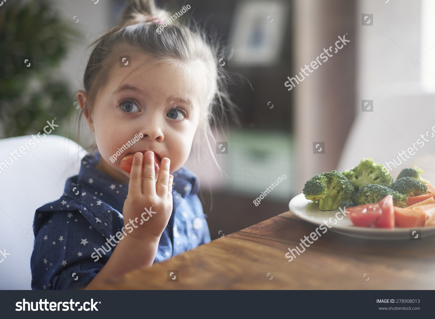 Eating vegetables by child make them healthier #278908013