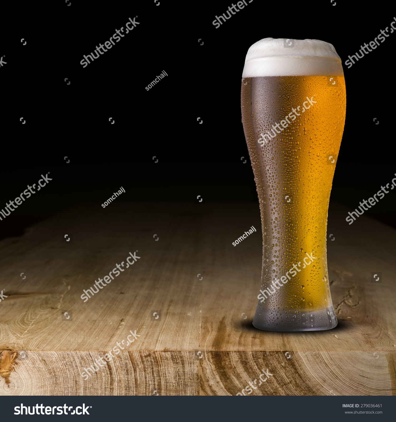 glass beer on wood - photo #5