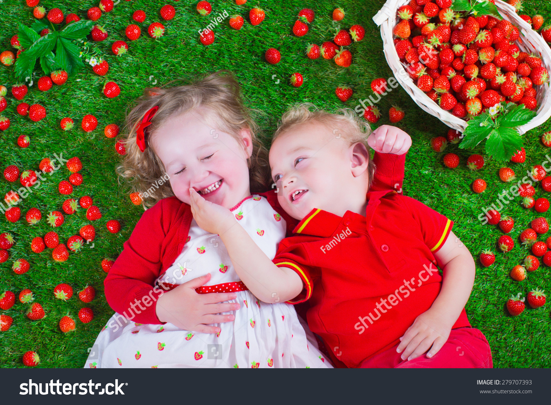 Strawberry children