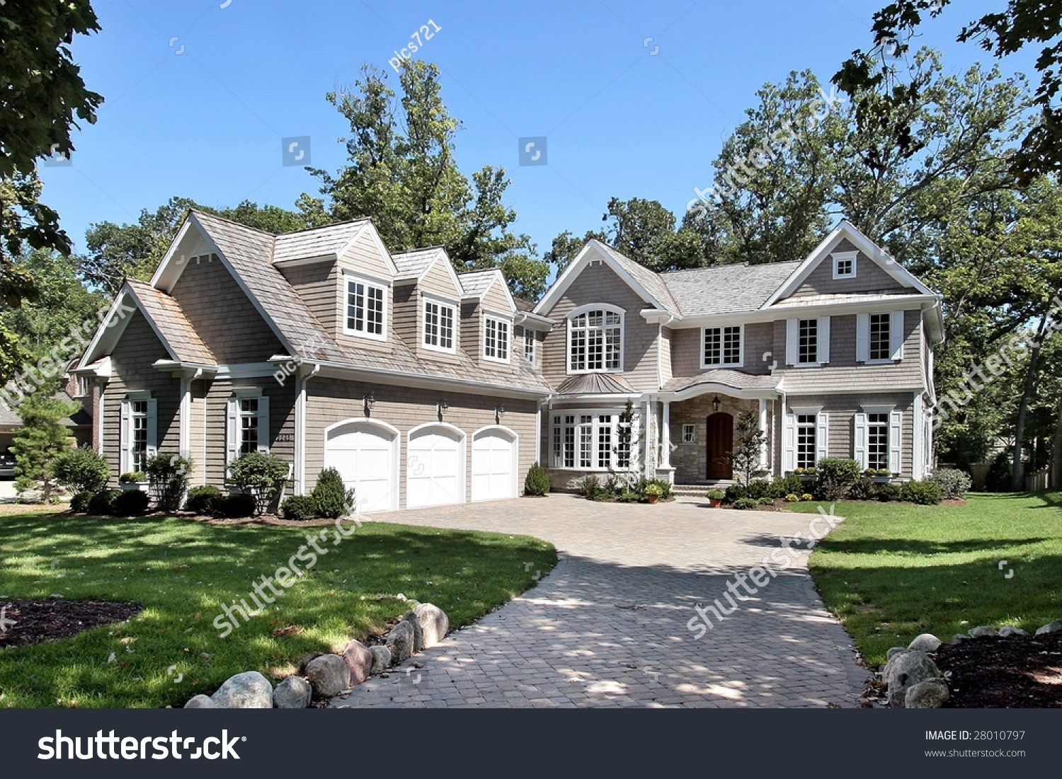 New construction luxury home stock photo 28010797 for Fine home builder