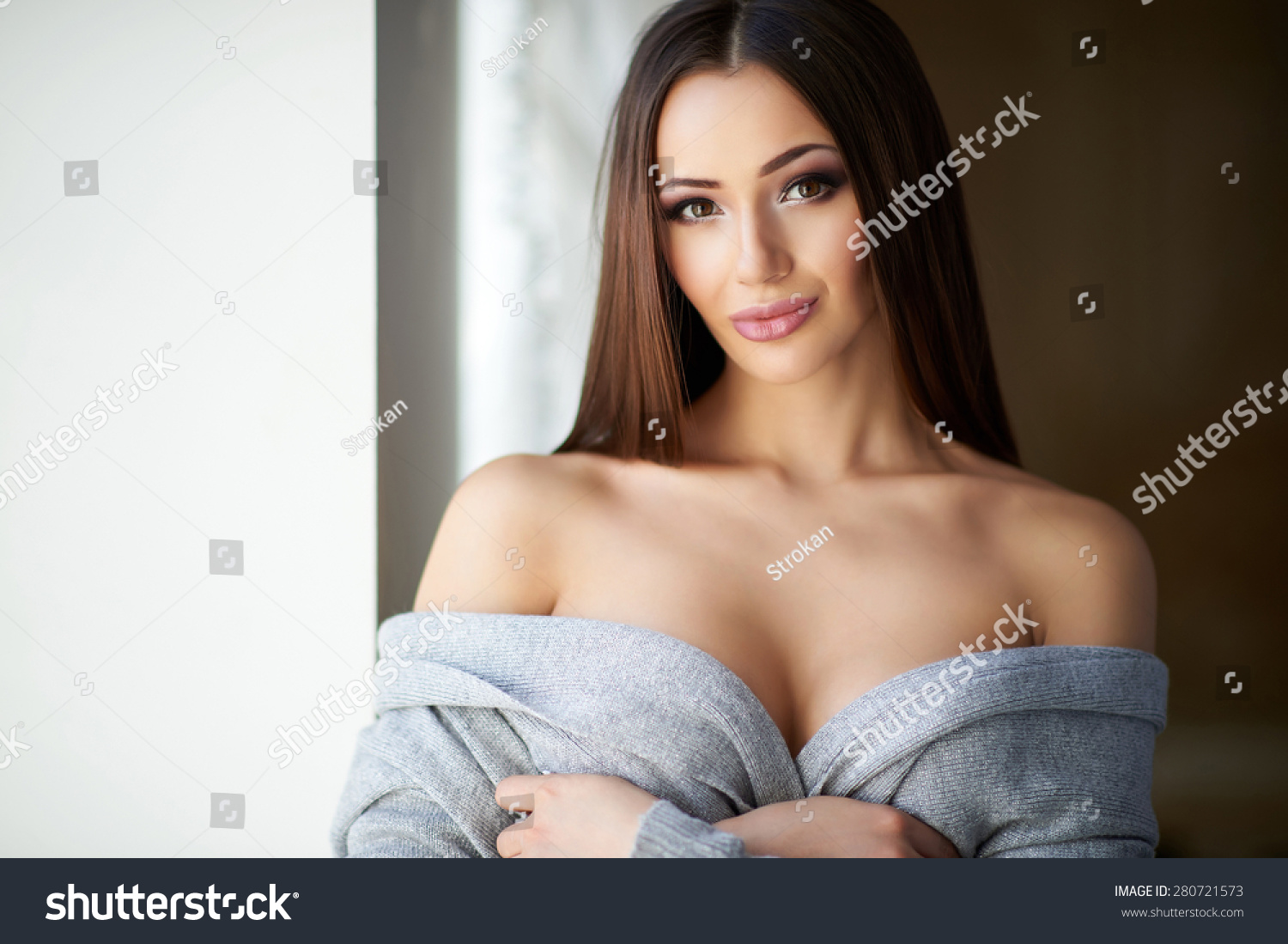 Beautiful Girl With Beautiful Pussy