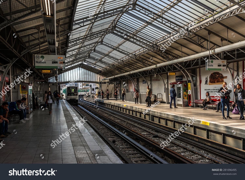 Paris France April 23 2015 Interior Stock Photo 281096495 - Shutterstock
