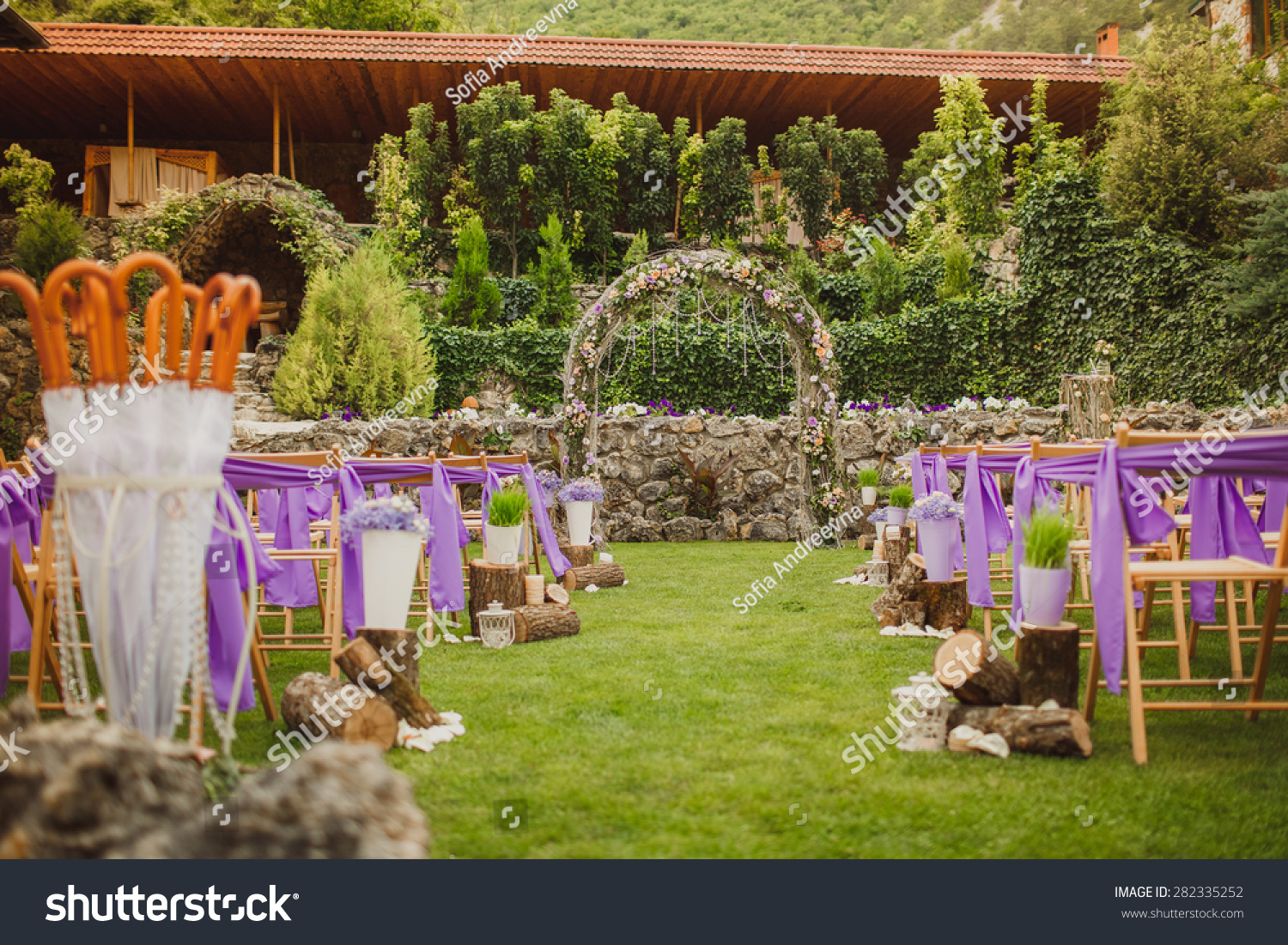 Wedding decorations marriage decor rustic style stock photo royalty wedding decorations marriage decor rustic style stock photo royalty free 282335252 shutterstock junglespirit Image collections