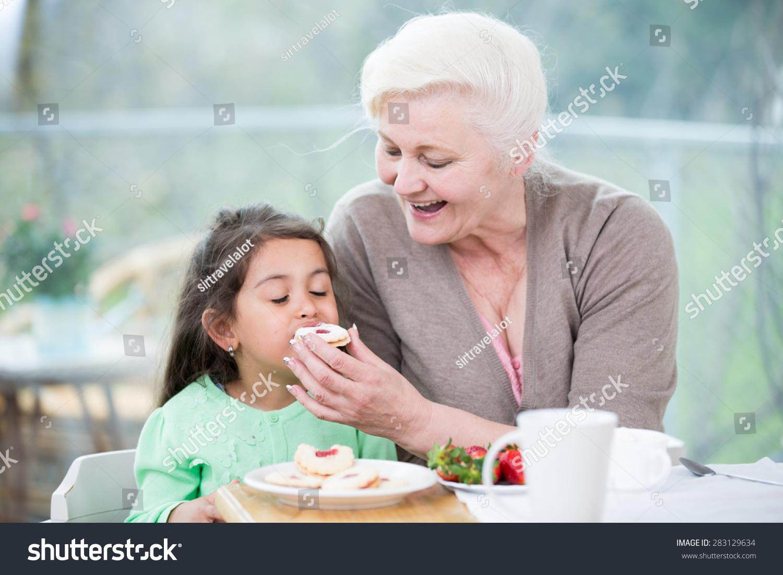 Во сне бабушка покойная была ведьмой