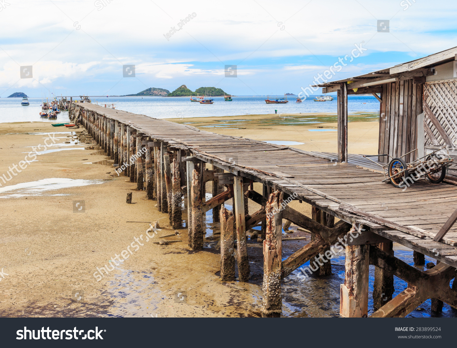 Wood floor old wood pier fishing stock photo 283899524 for Seaview fishing pier