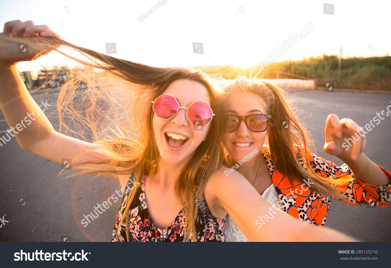 Фотографии трёх девушек друзей вместе 10 фотография