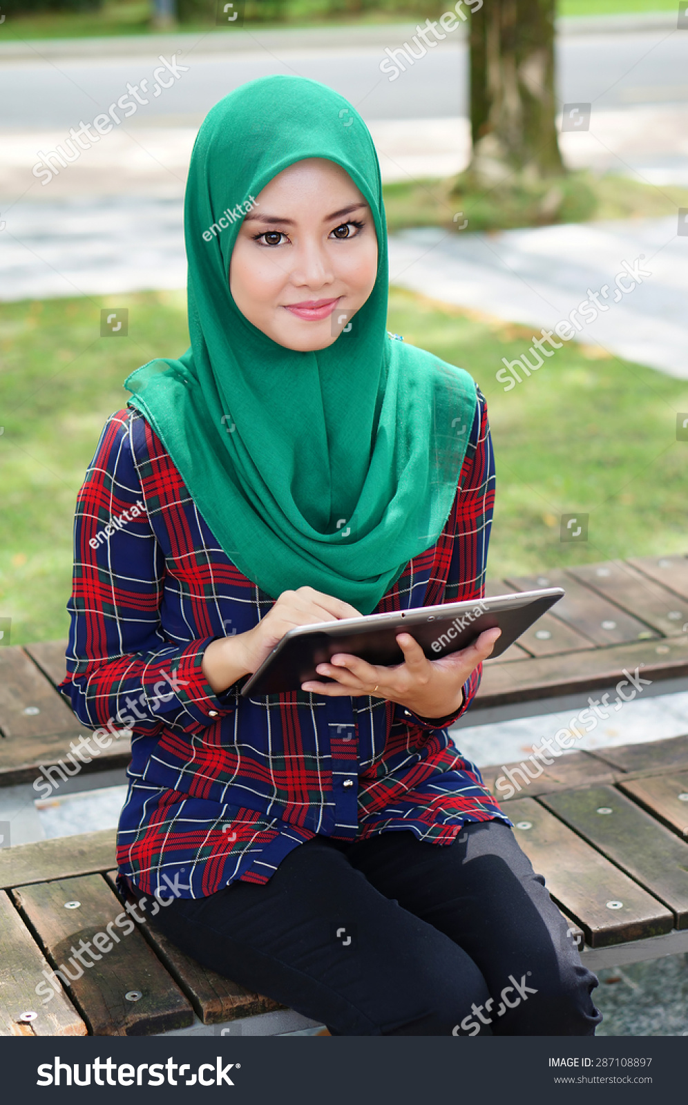 garden single muslim girls Meet muslim women and find your true love at muslimacom sign up today and browse profiles of muslim women for freelink value.