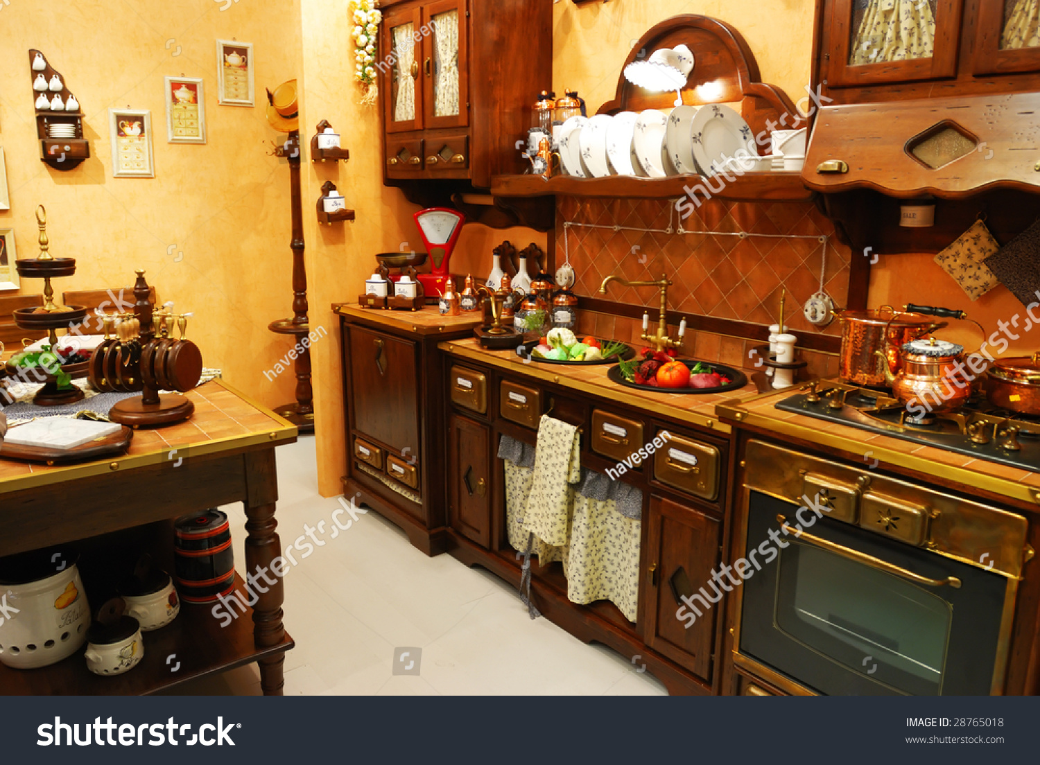 Old Fashioned Kitchen Classic Old Fashioned Kitchen Interior Stock Photo 28765018