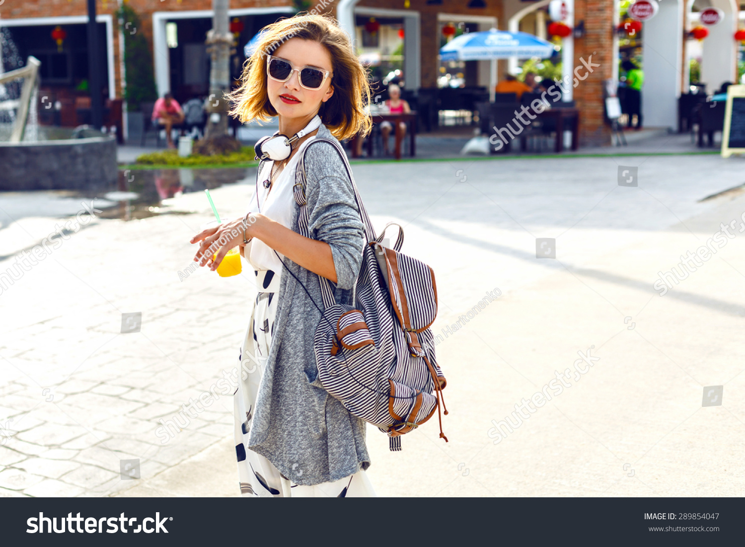 Summer Sunny Lifestyle Fashion Portrait Young Stock Photo 289854047 Shutterstock