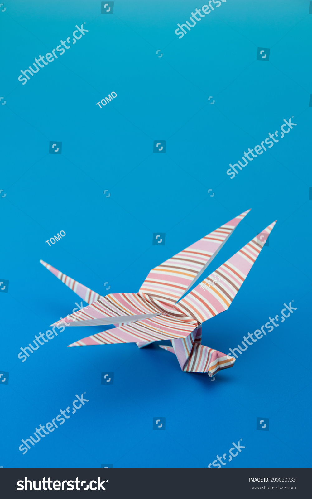 Japanese paper origami dragonfly stock photo 290020733 shutterstock japanese paper origami dragonfly jeuxipadfo Image collections