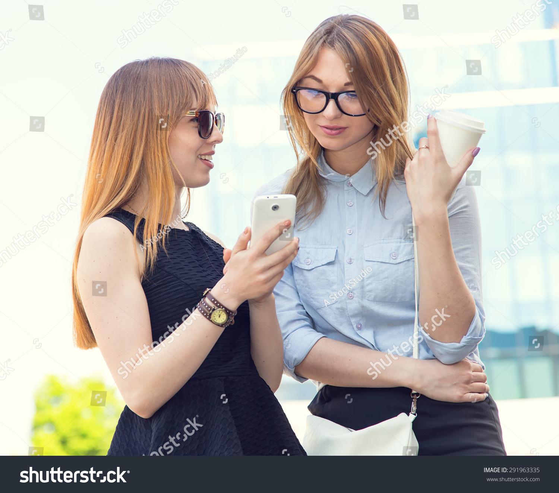 Women looking for women friends