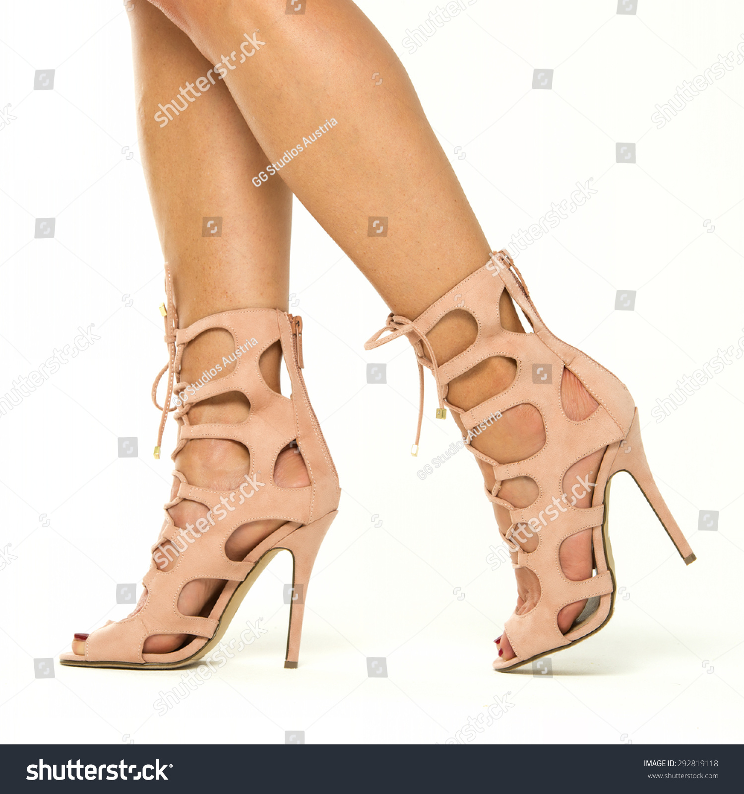 High Heels Nude Color - Is Heel