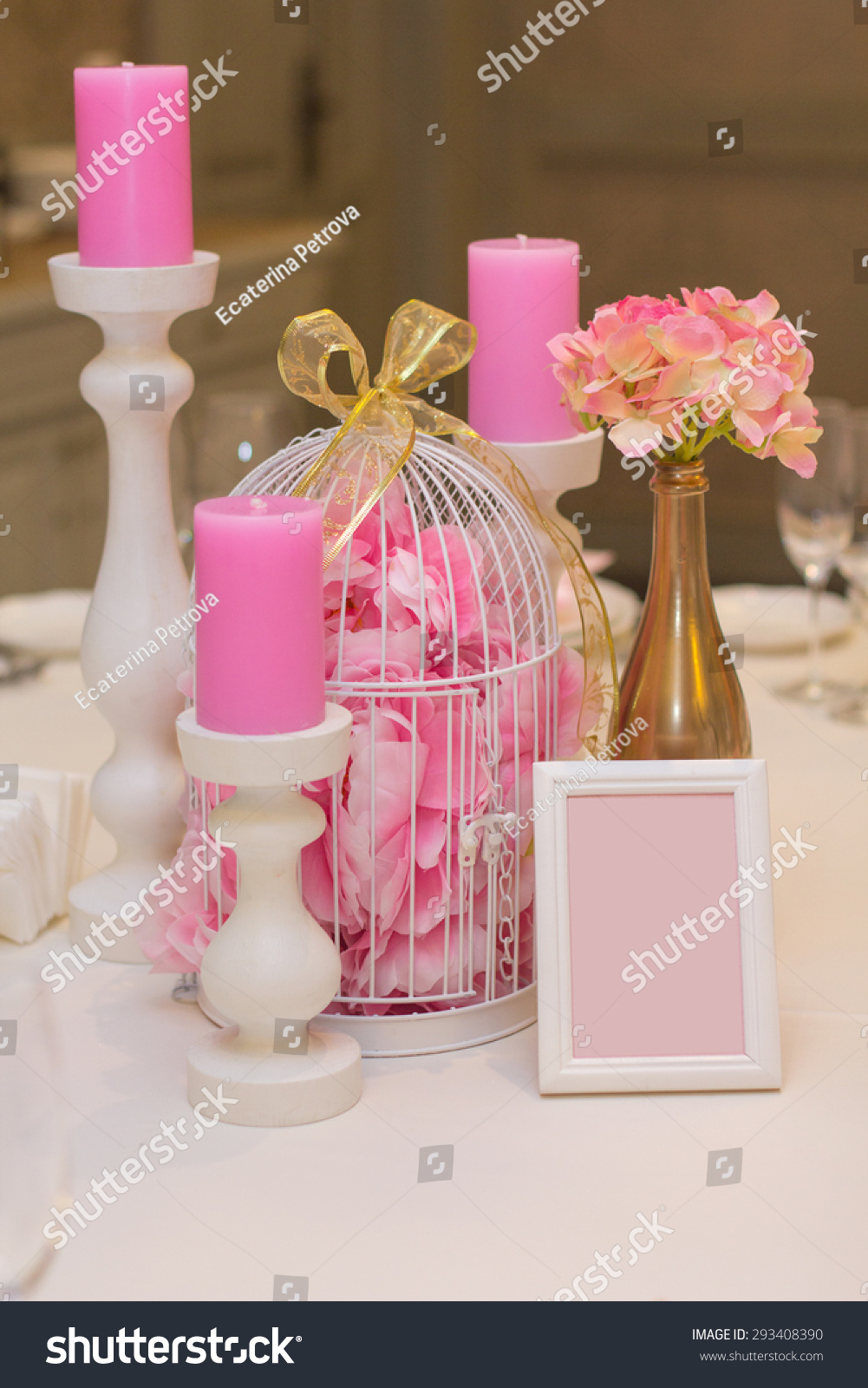 Kids Table Decoration. Table set for a wedding dinner in pink | EZ ...