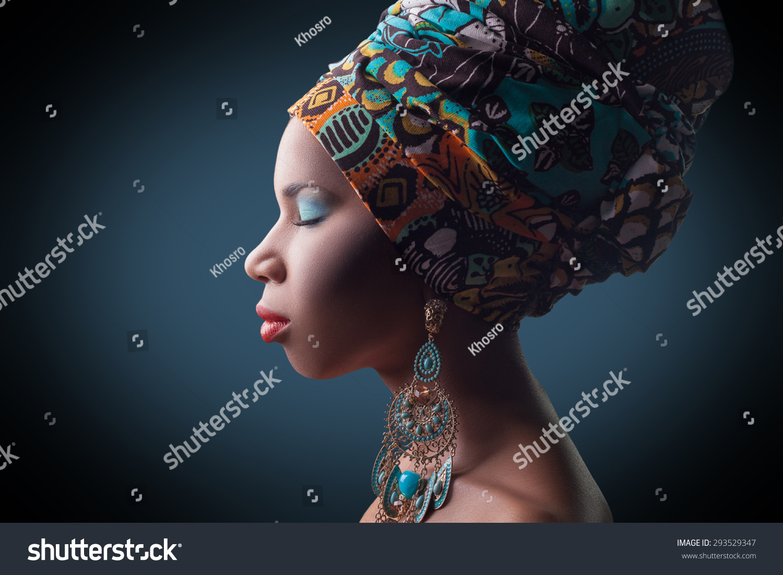 Young Beautiful Fashion Model Traditional African Stock Photo 293529347 Shutterstock