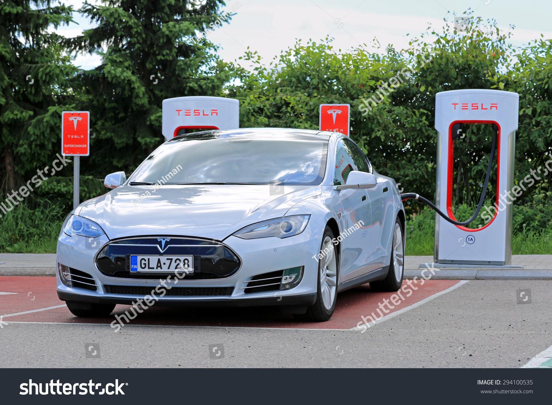 Tesla Supercharger Finland