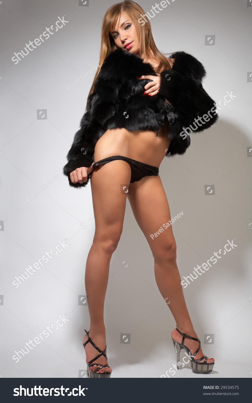 Think, naked girl fur coat are